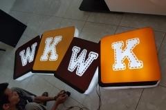 neon-box-purwokerto-wkwk-4