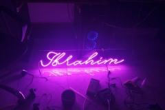 neon-sign-purwokerto